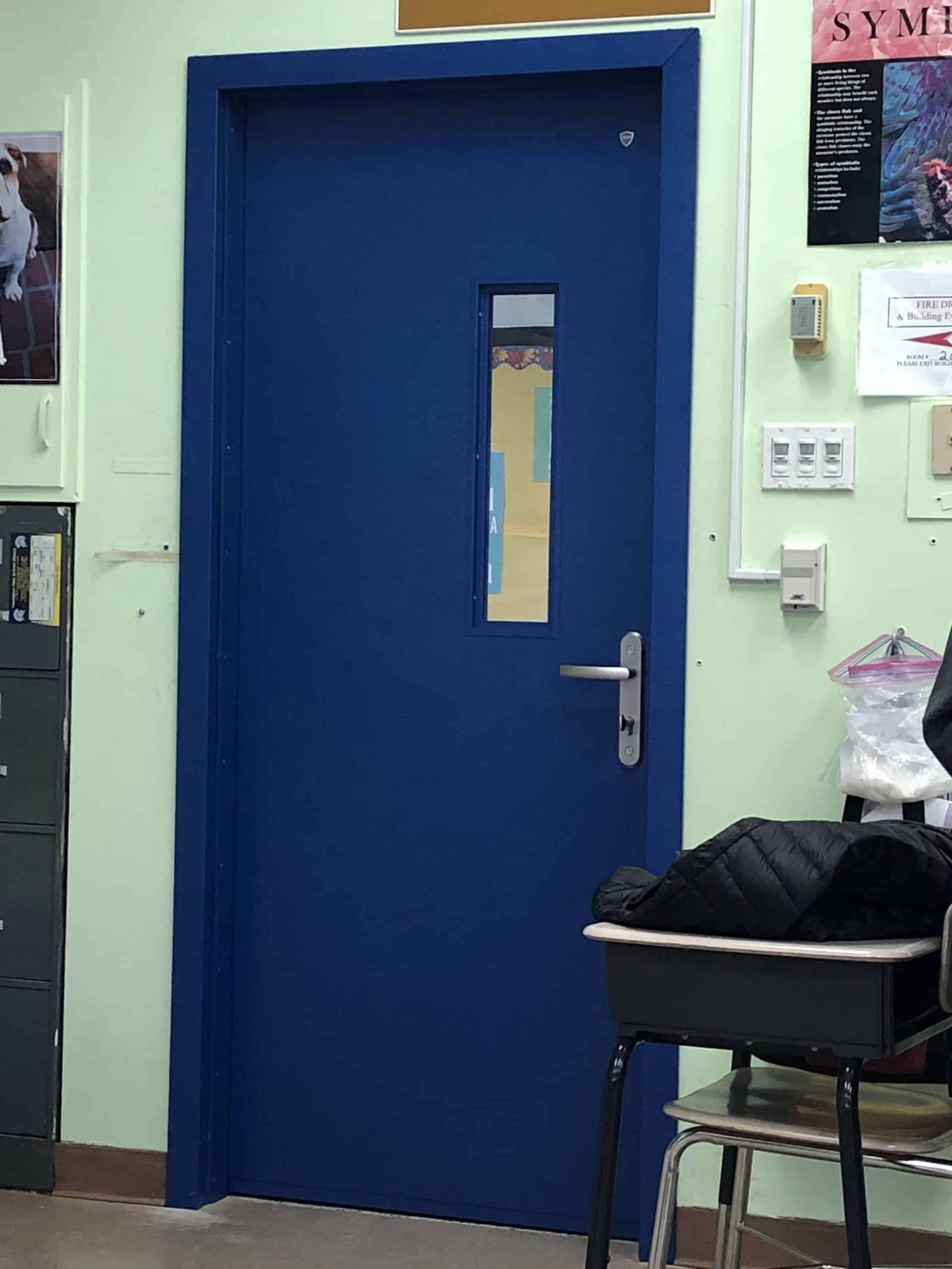 Feel safe on school class with bullet resistant doors